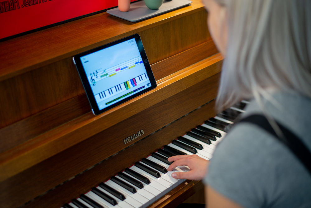 Learning Piano With One Hand