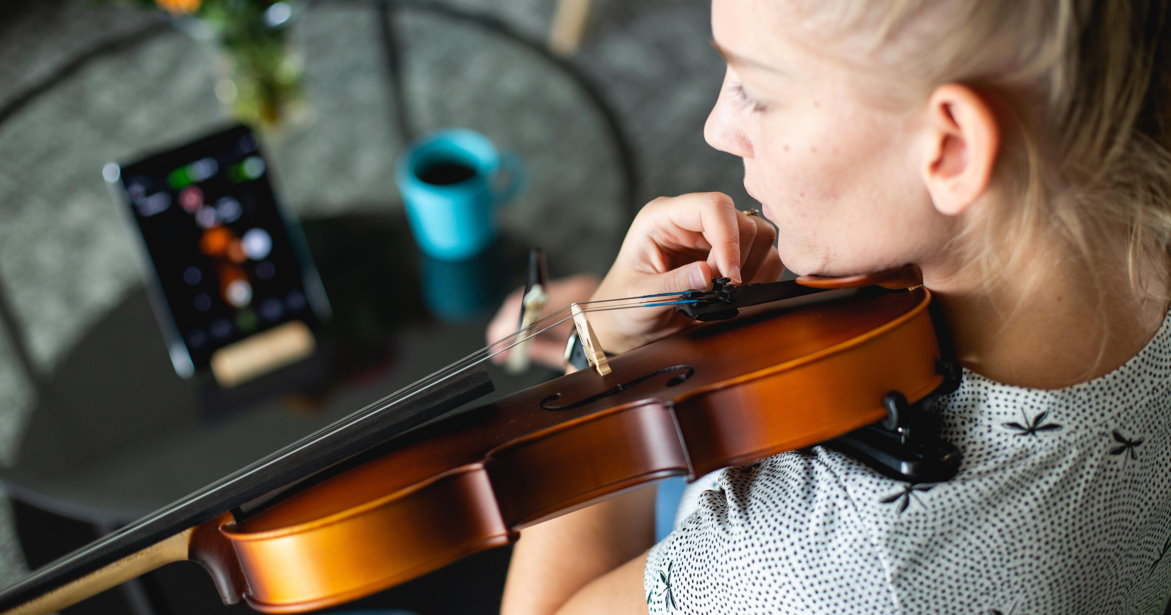 Violin Tuner   The Best Free Violin Tuner App   GuitarTuna